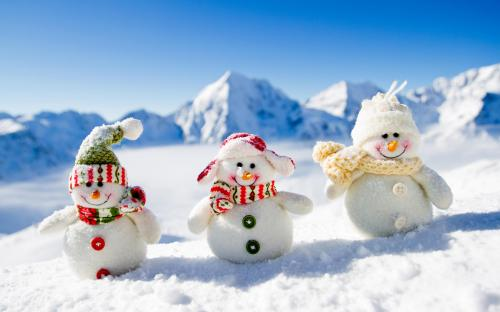 Winter_Mountains_Snowmen_507553_3840x2400